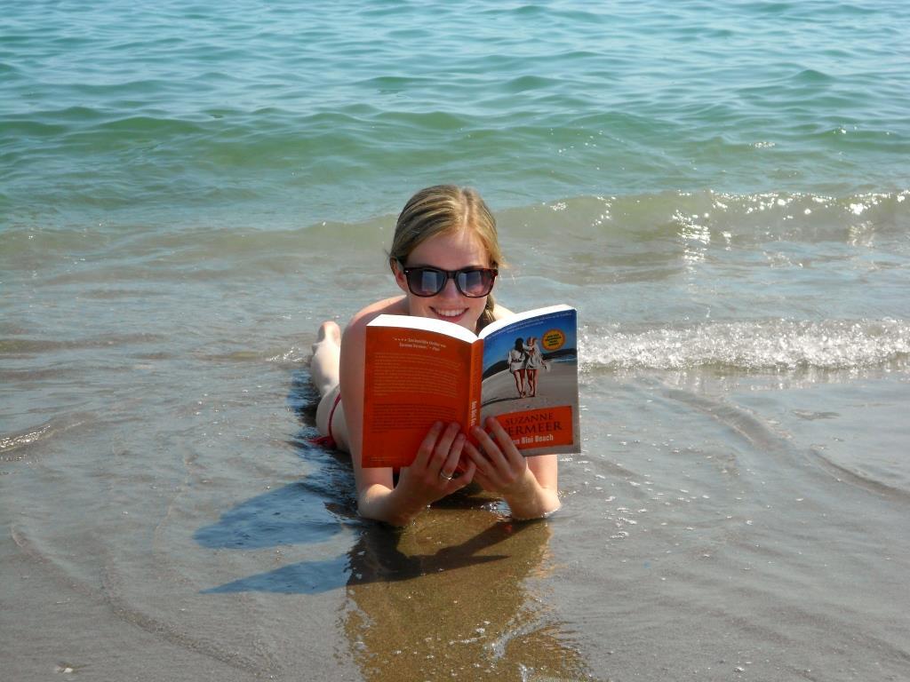 c Bon Bini Beach.jpg