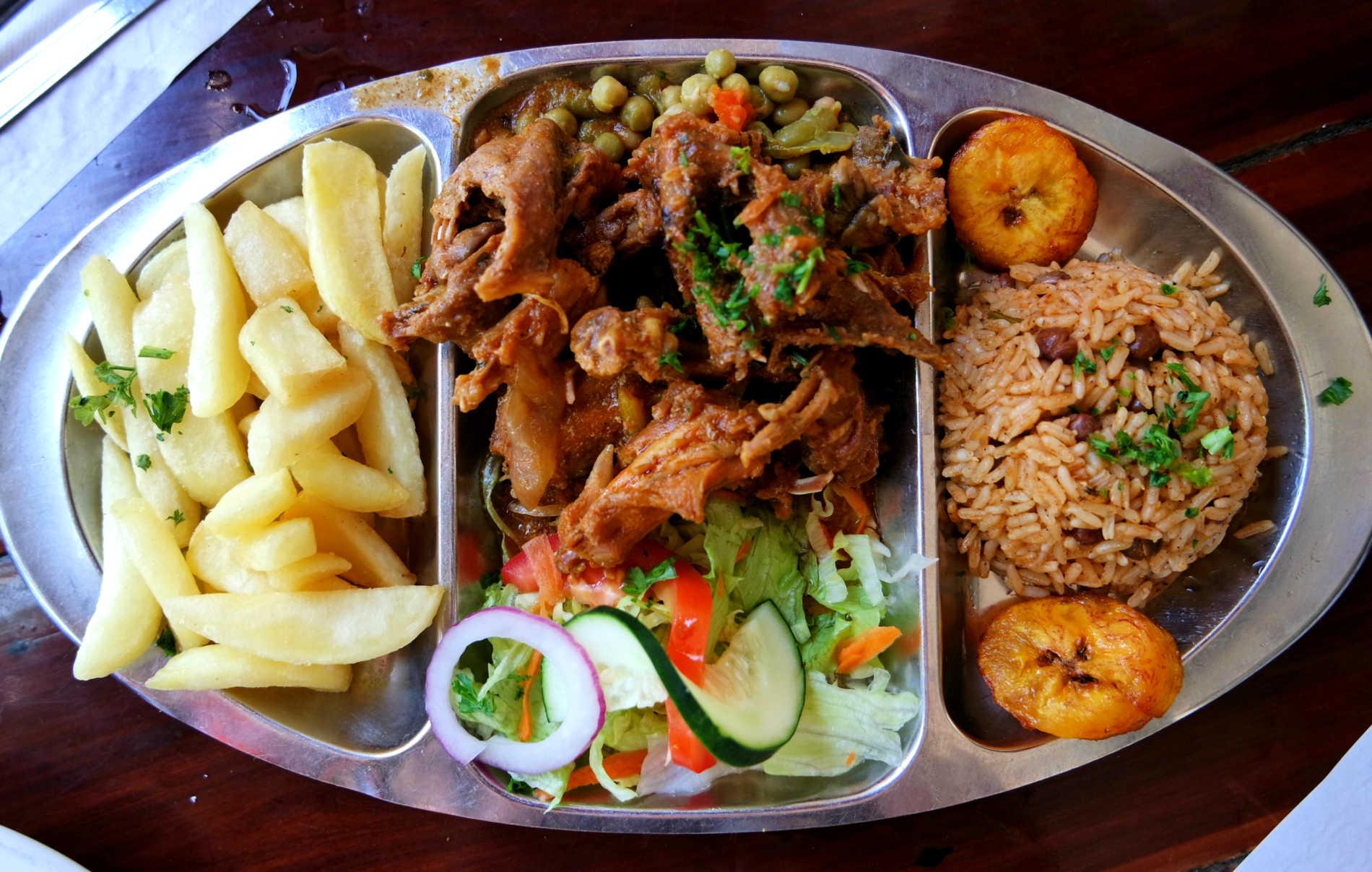 Jaanchie lokaal eten Curacao