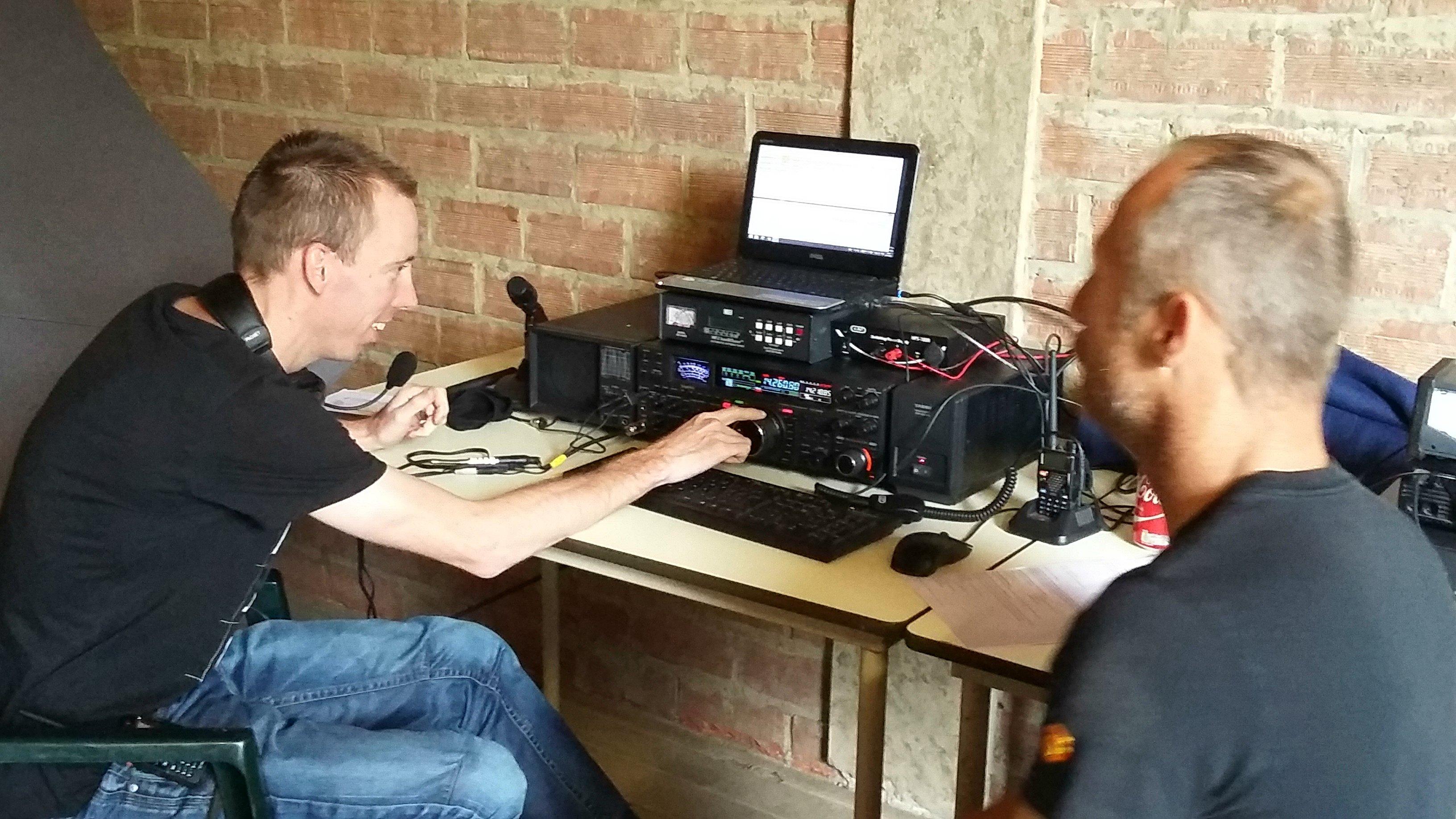 Radiozendamateurs 2.jpg
